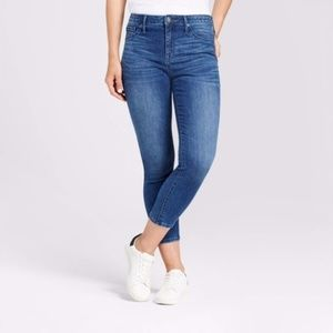 Mossimo Medium Wash High-Rise Jegging Jeans